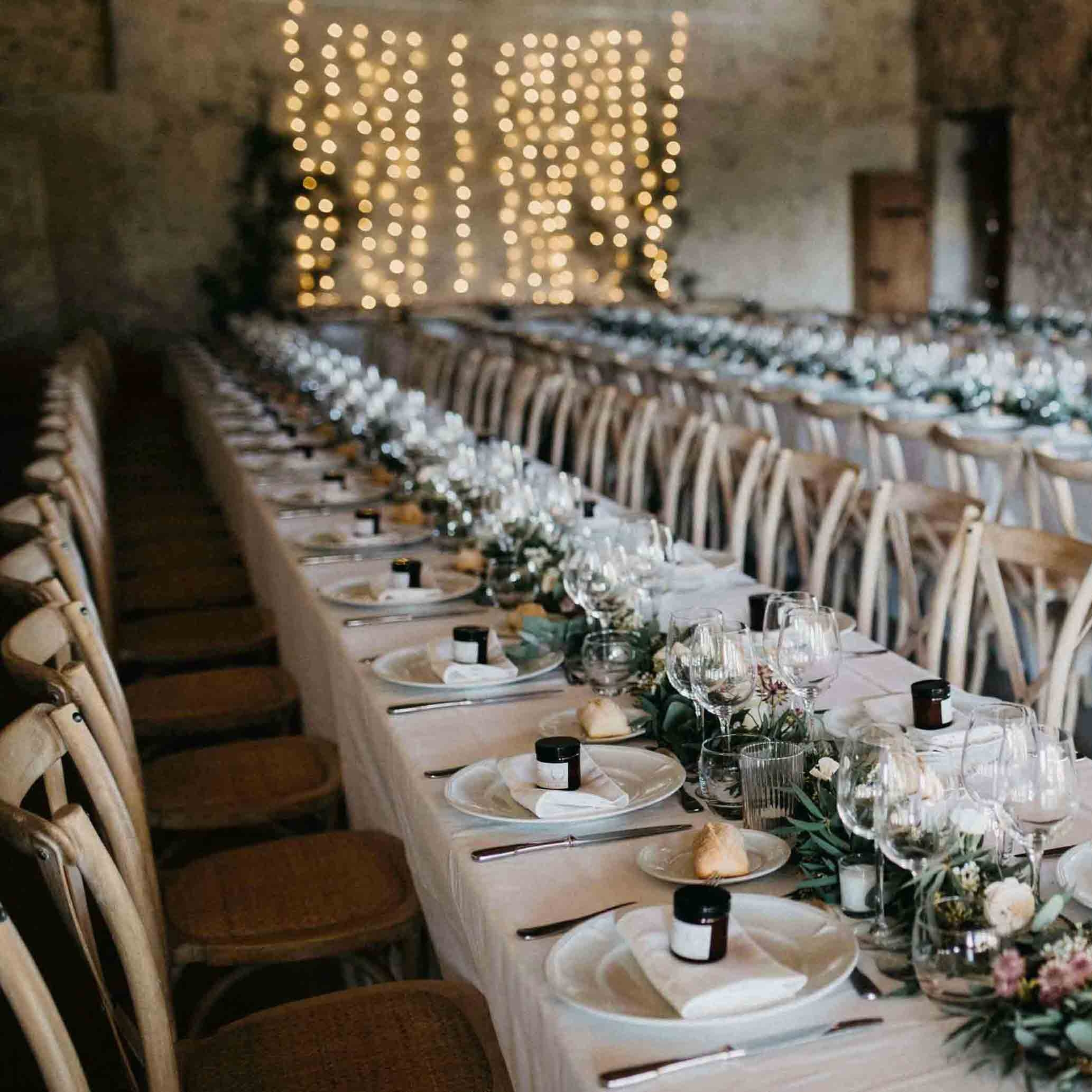 Wedding dinner tables